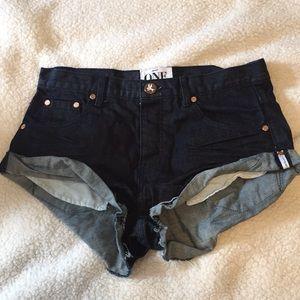 One teaspoon bandits denim shorts size 27